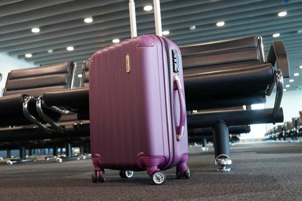 luggage-2869269_1280