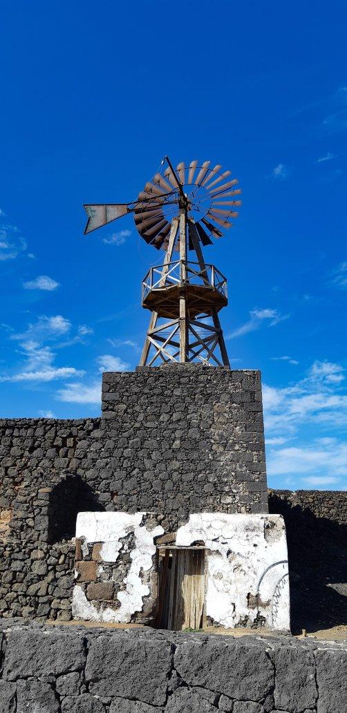 Mulino a vento Arrecife.jpg