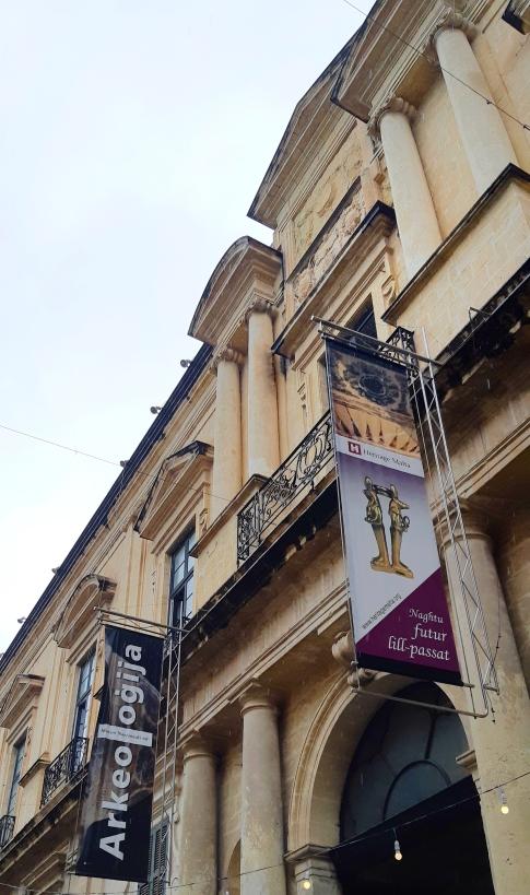 museo-dellarcheologia-la-valletta-malta.jpeg