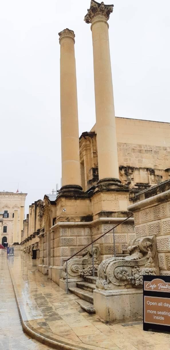 Pjazza Rjal La Valletta