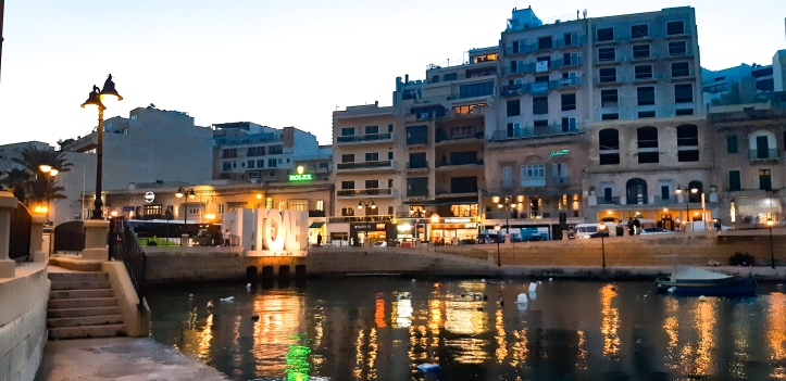 Spinola Bay Malta by night.jpg