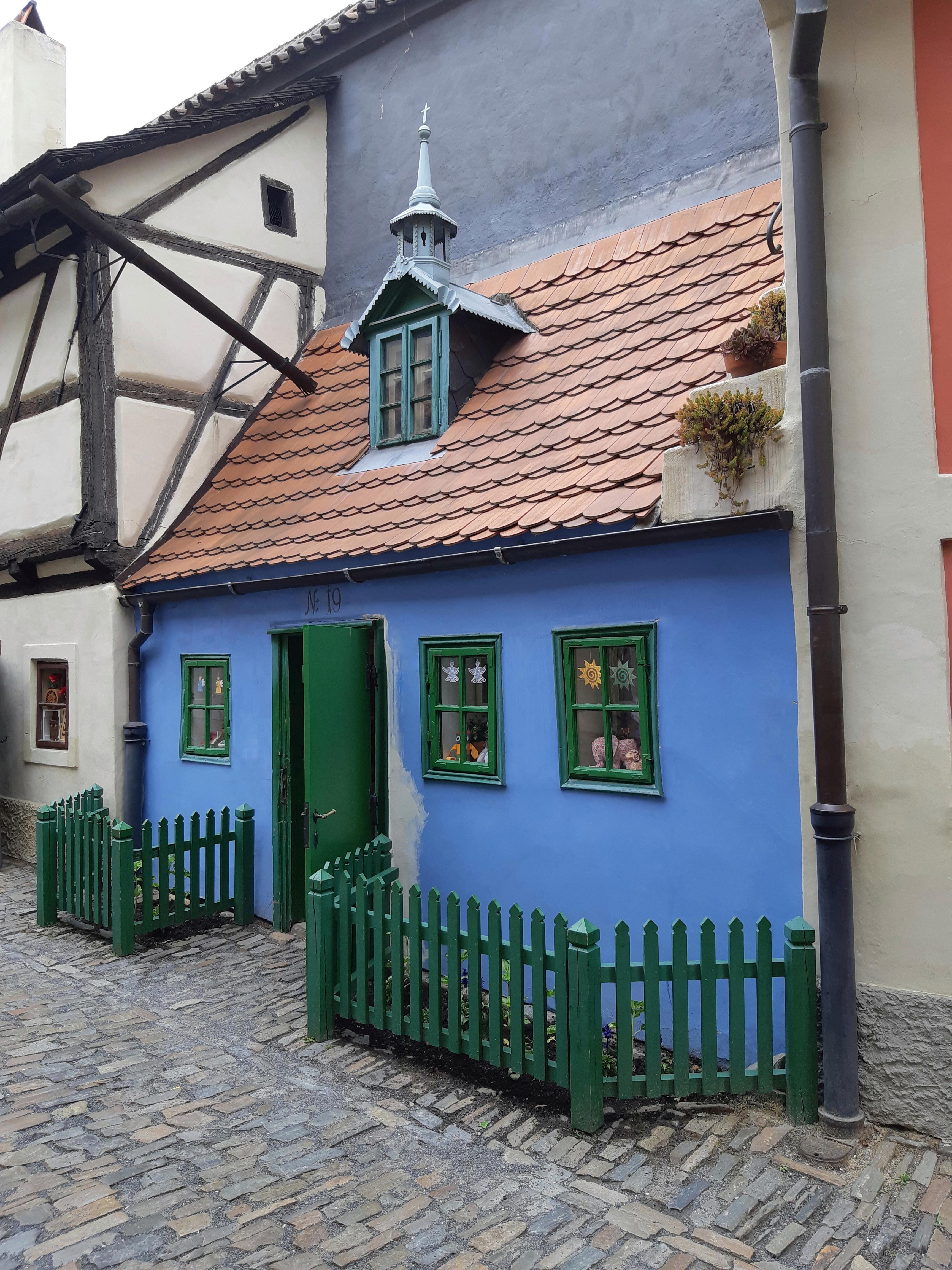 Vicolo d'oro Castello di Praga.jpeg