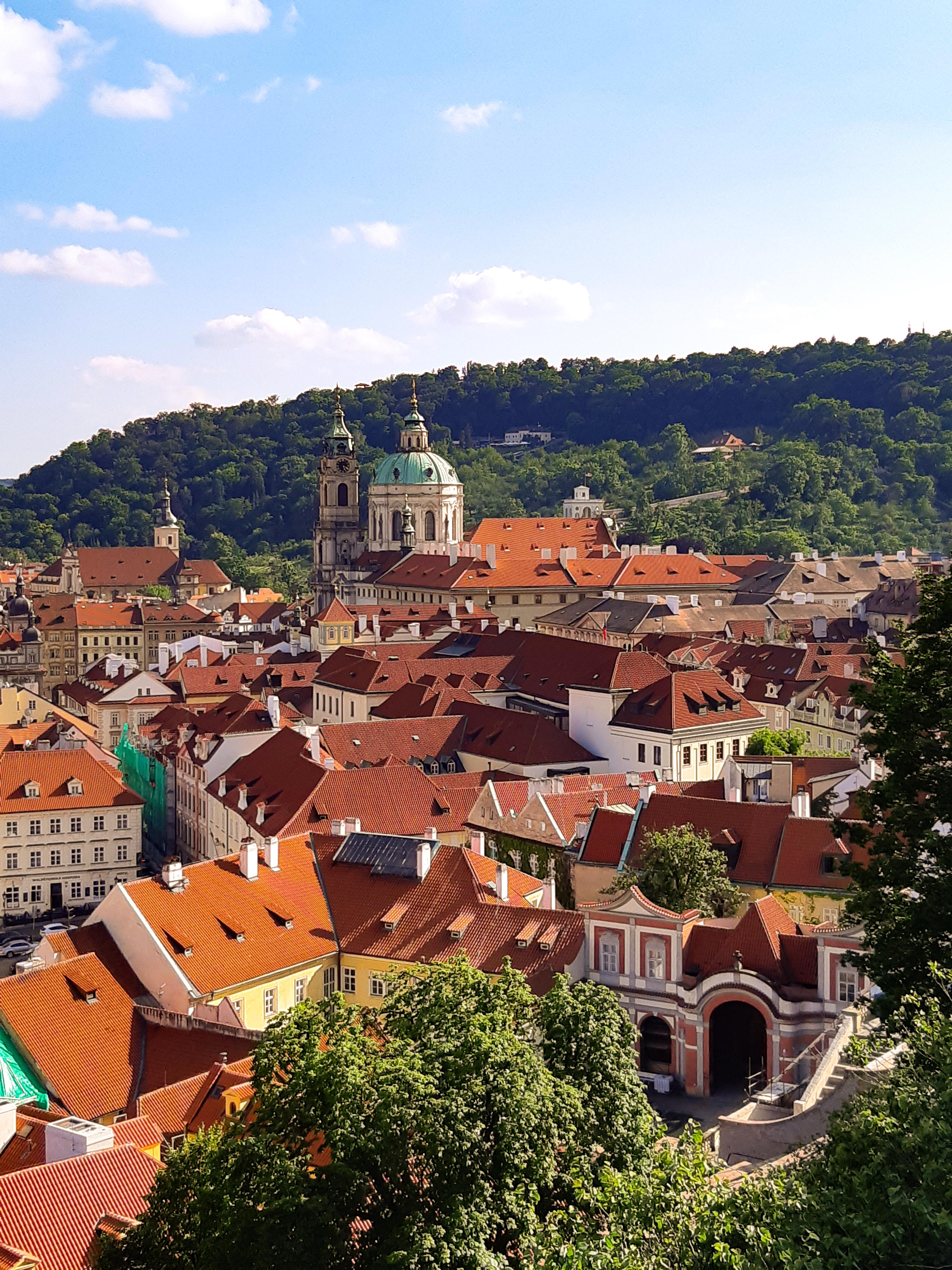 tetti di Praga.jpg