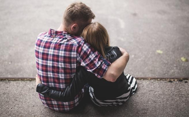 abbraccio-amico.jpg