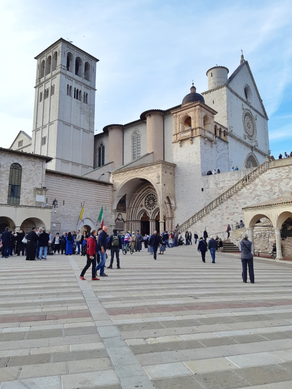 Assisi città San Francesco Umbria-32