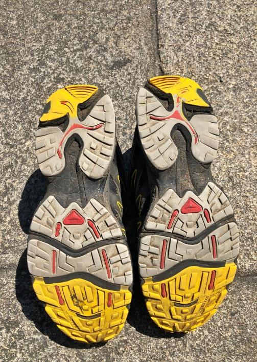 Cammino Inglese Ferrol Santiago - le scarpe