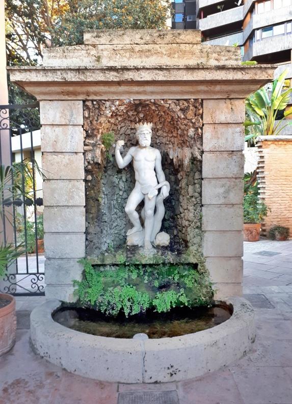 statua Nettuno Giardini di Monforte