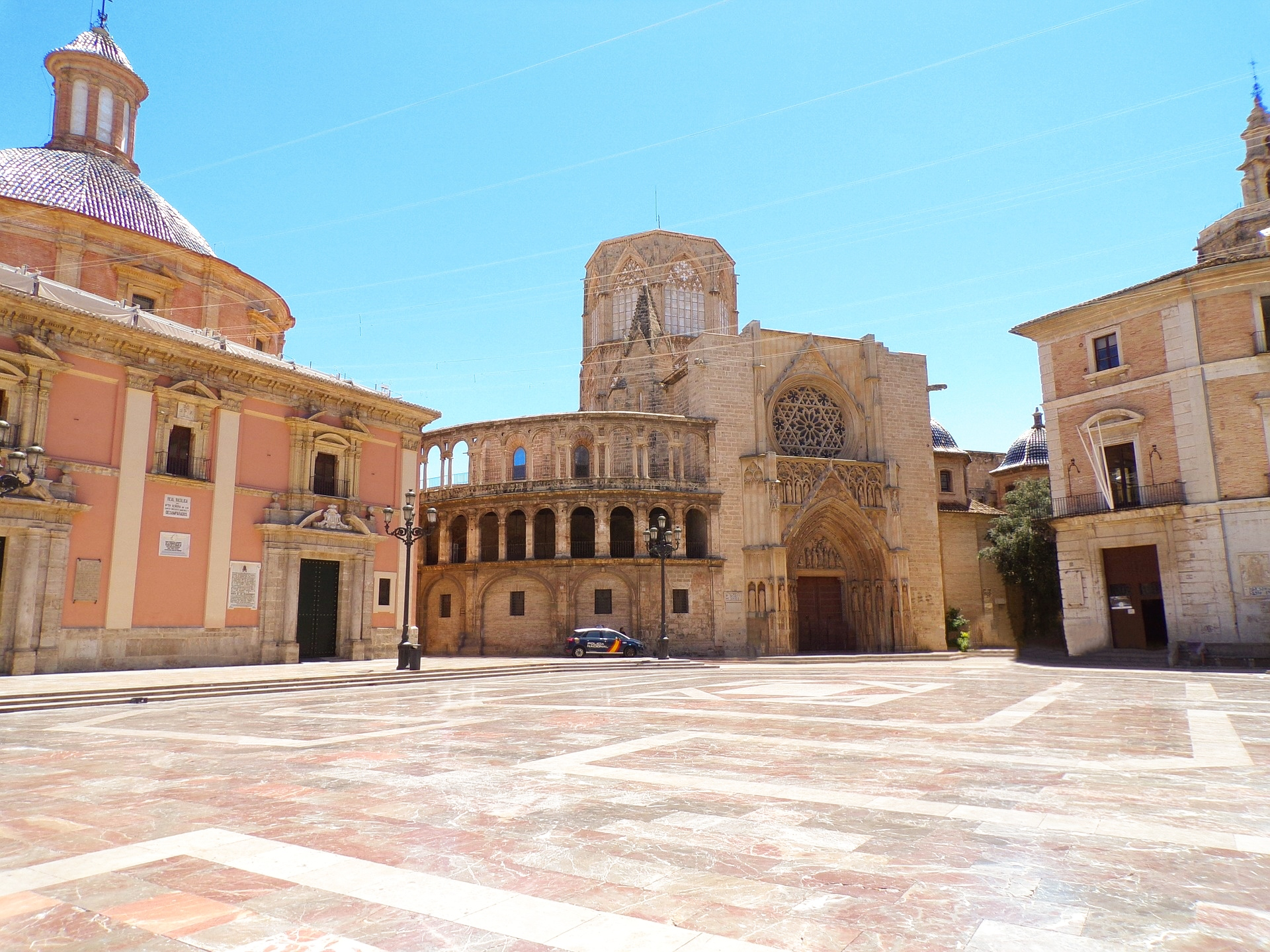 Valencia - centro storico - Plaza de la Virgen - 2