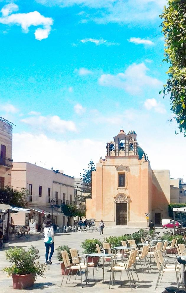 Piazza Madrice Favignana