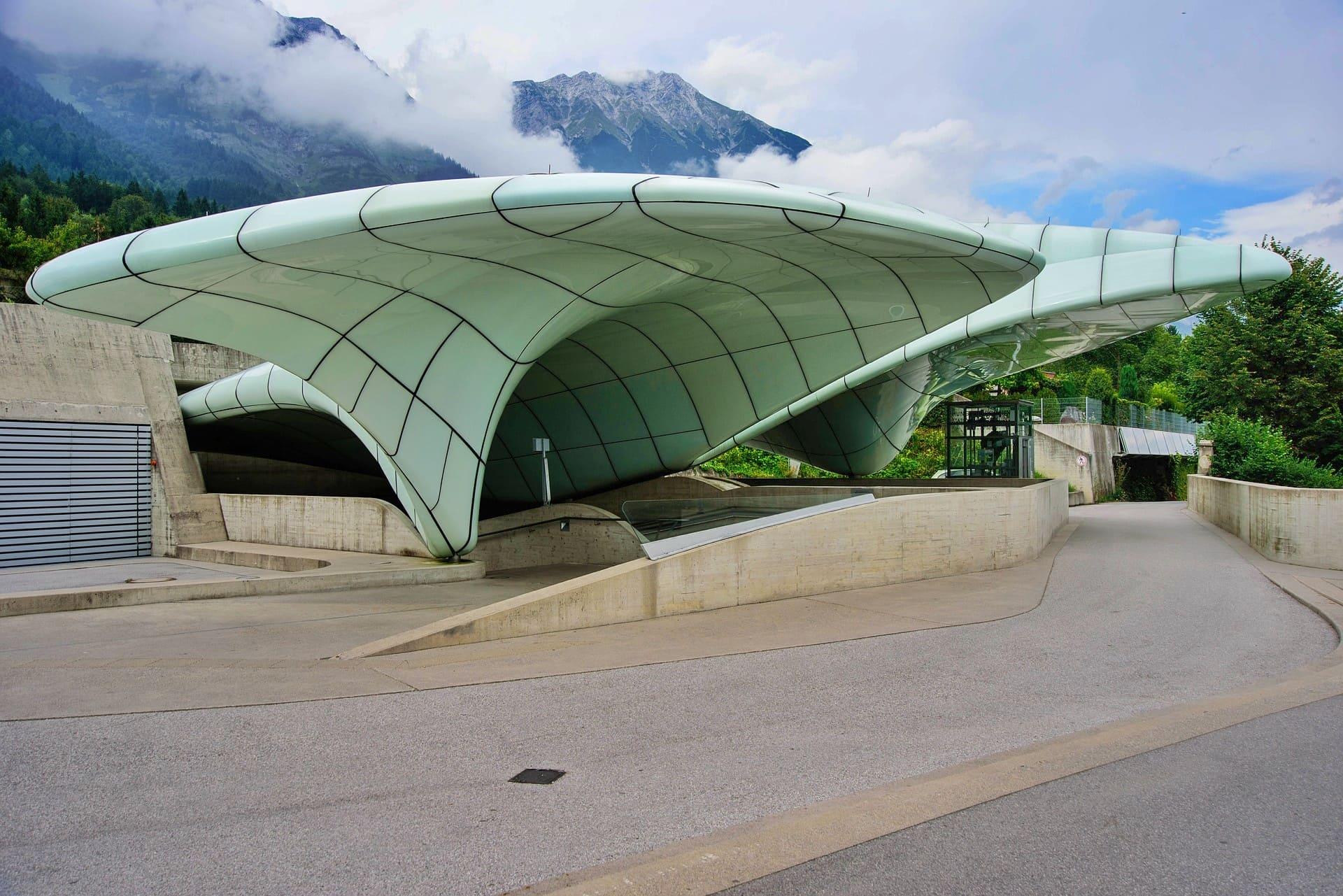 Funivia Innsbruck architettura